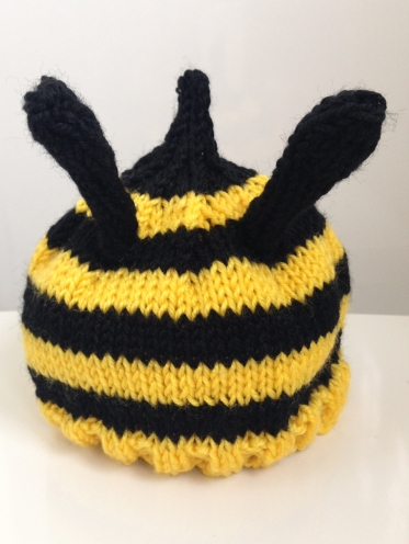 bee beanie by me